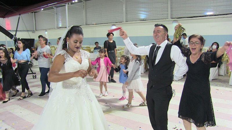 Etiyopyalı geline Elbistan'da Türk usulü düğün