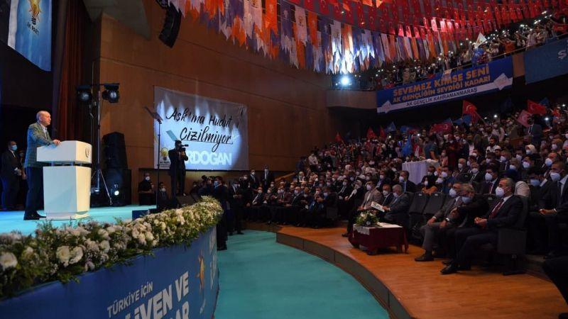 Cumhurbaşkanı Erdoğan: Bu ülkenin halen en büyük eksiği yerli ve milli muhalefet açığı