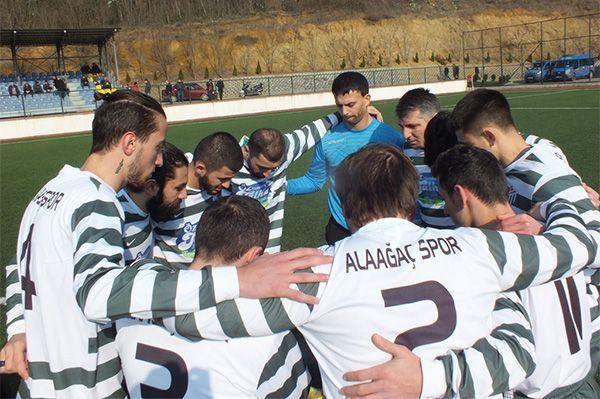 Alaağaçspor ile Kocaalispor puanları paylaştı