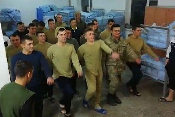 Asker Ocağı'nda 'Şampiyon Sakaryaspor' nidaları