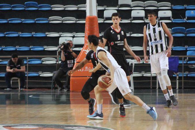 Büyükşehir Basketbol-Beşiktaş Sompo Japan: 62-115