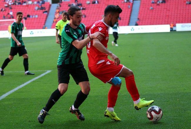 Sakaryaspor'un maçı dev ekranda izlenecek!