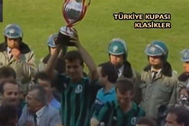 Tarihte bugün! Sakaryaspor Türkiye Kupası'nı kazandı