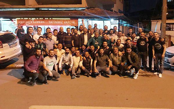 Futbolcular Dilmen'de iftara katıldı