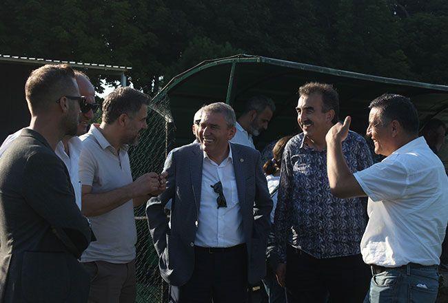 Dünden bugüne Sakaryaspor'da transfer görüşmeleri!