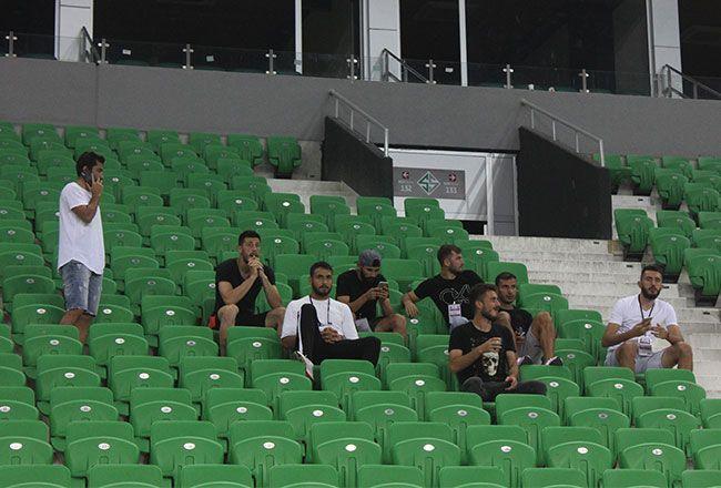 Futbolcularında bileti kesildi! Sakaryaspor'da sıcak saatler...