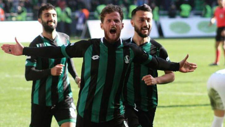 Berk İsmail vites yükseltti! 6 maçta 7 gol...