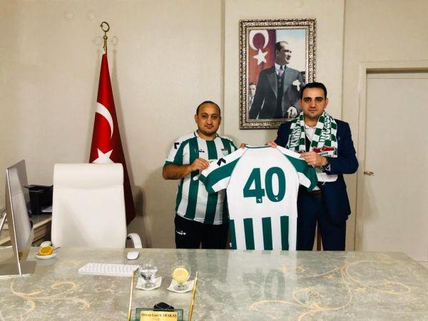 Sakaryalı kaymakam Kırşehir maçı için geliyor