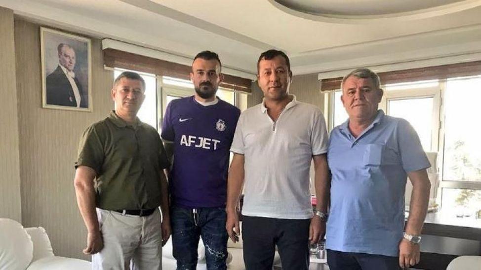 Yaser Yıldız Afyonspor'dan ayrıldı