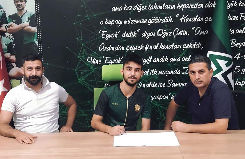 Sakaryaspor'a Başakşehir'den transfer
