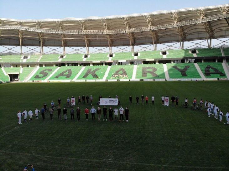 Amatör Spor Haftası'nın açılışı, Yeni Sakarya Stadyumunda başladı