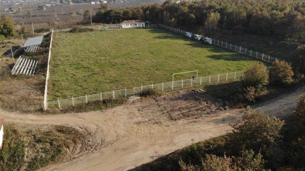 Karapürçek'e futbol sahası müjdesi