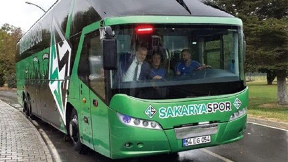Sakaryaspor'un otobüsü geri geliyor!