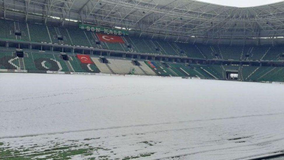 Kocaelispor-Afyon maçına kar engeli
