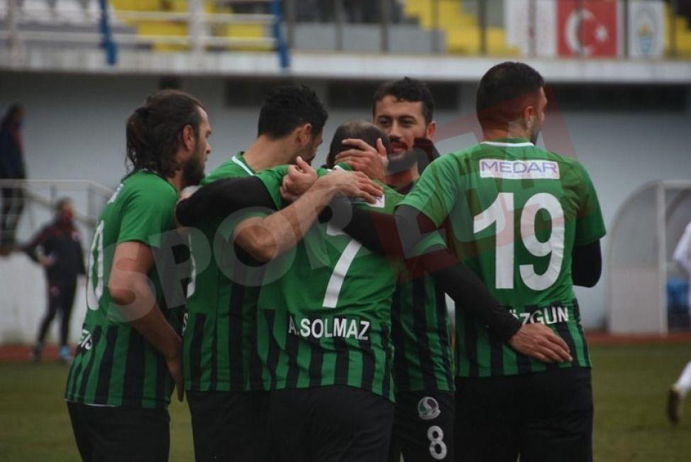İşte son anları nefes kesen Pazarspor-Sakaryaspor maçının özeti!