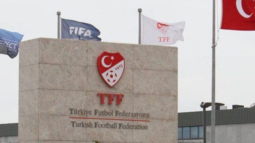 Sakaryaspor 'saha olayları' nedeniyle PFDK'ya sevk edildi