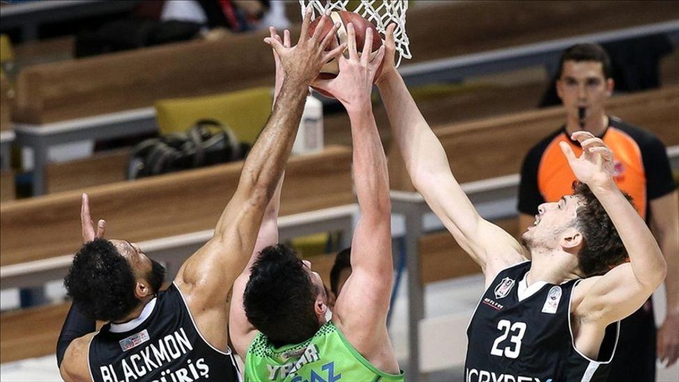 Basketbolda tüm liglerde salon kapasitelerinin yüzde 50'si oranında seyirci alınacak