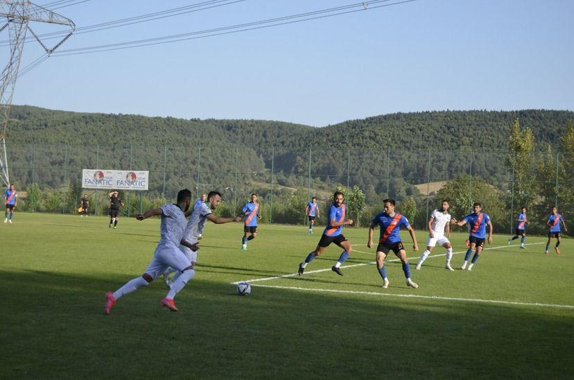Sakaryaspor'un üçüncü hazırlık maçından gol sesi çıkmadı