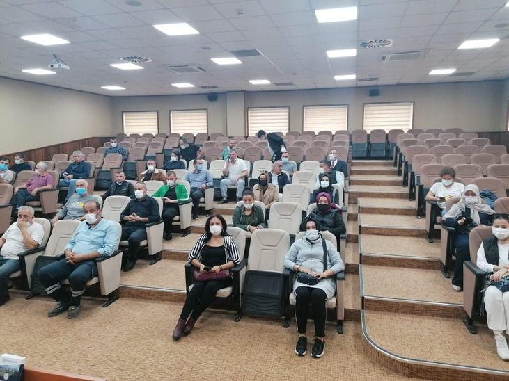 Erenlerspor'da antrenör isyanı! Sporcu aileleri başkana çıktı
