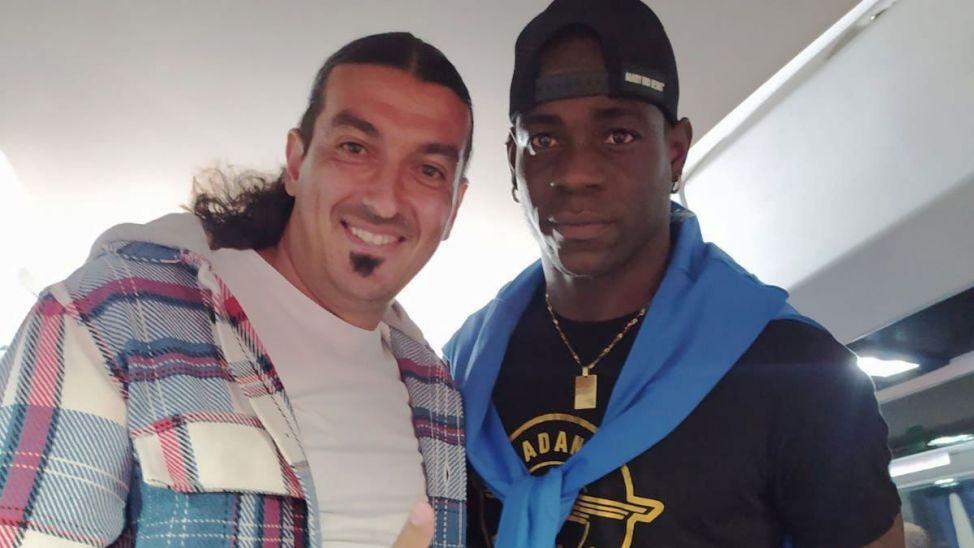 Tartışmalı maç sonrası Erçağ, Balotelli'yle fotoğraf paylaştı!