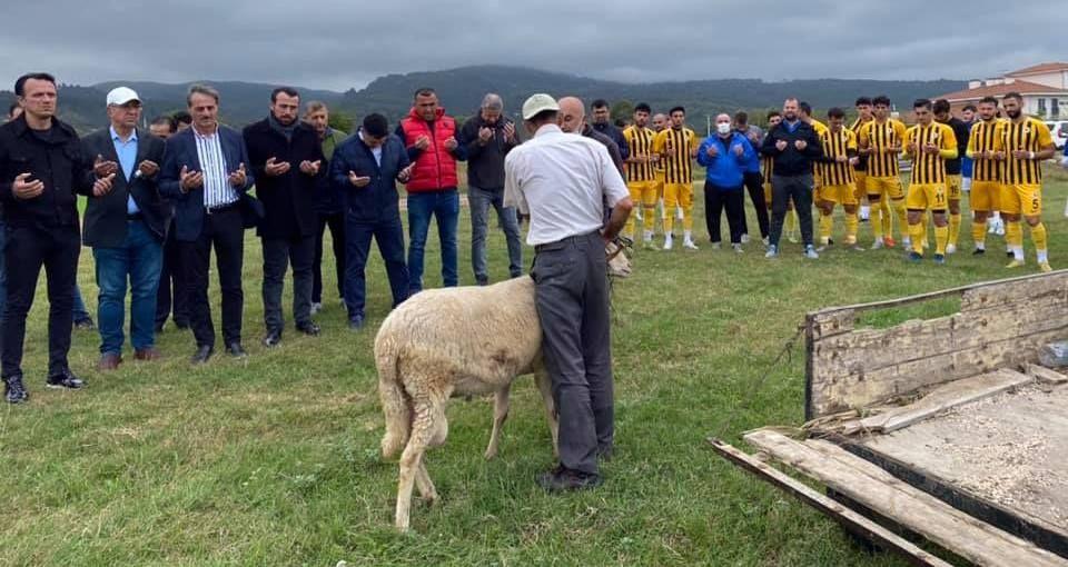 Serdivanspor, Kazımpaşa'ya gol yağdırdı