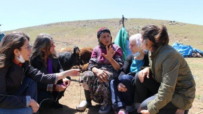 HDP'li Kadınlar Koçerlerle Bir Araya Geldi