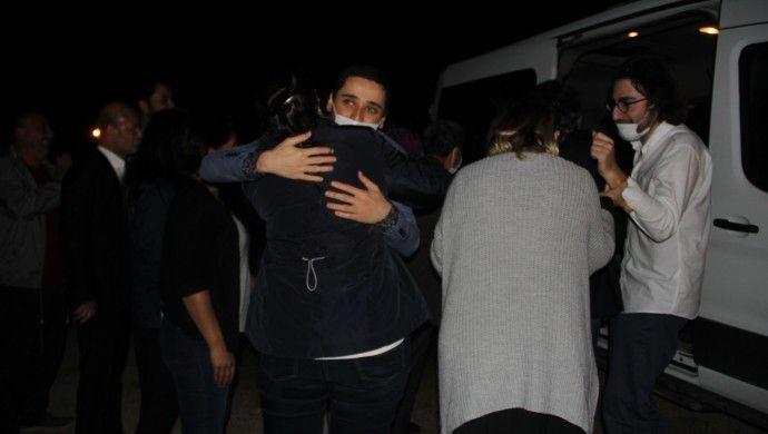 Kobanê Davası'nda tahliye olanlar cezaevinden çıktı