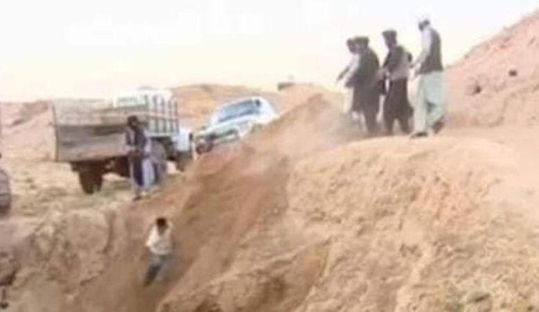 Taliban toplu infaz yaptı