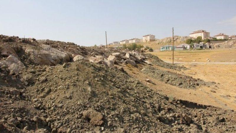 Van'daki Ermeni Mezarlığı Yerle Bir Edildi