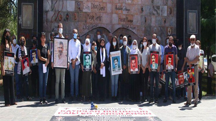 Kayıp Yakınları 3 Yıl Sonra Diyarbakır'da Açık Alanda Buluşabildi