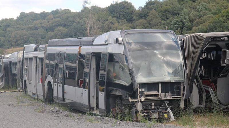 AKP'nin 65 Milyon Euroya Aldığı 50 Metrobüs Hurdaya Döndü