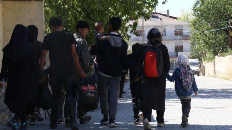 İnsan Kaçakçıları Mültecileri Dolandırıldı