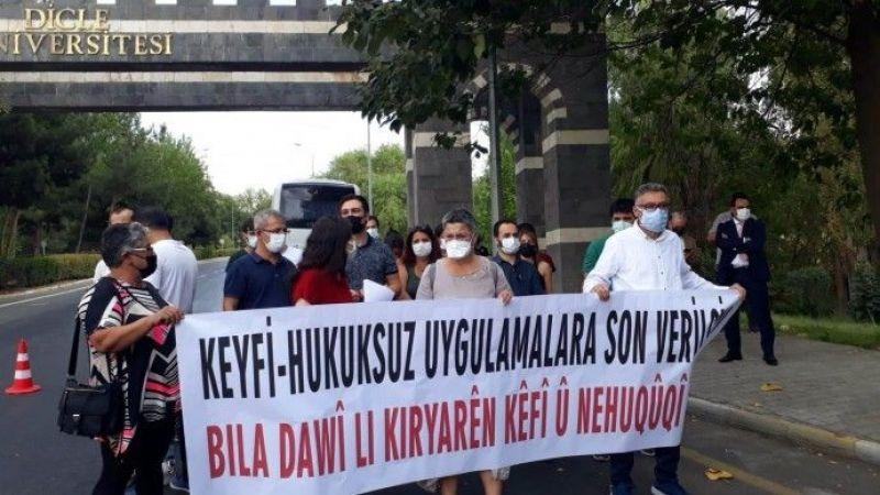 Doktorlar Güvenlik Soruşturmasına Tepki Gösteriyor