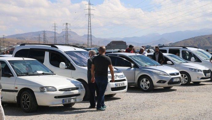 Van'da İkinci el araçta satış geriliyor, fiyat yükseliyor