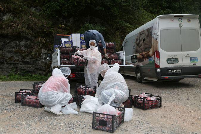 Ordu'da karantinaya alınan mahallenin sakinlerine gıda desteği sağlandı