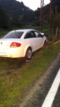 Giresun'da iki ayrı trafik kazasında 4 kişi yaralandı