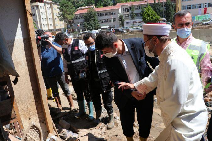 Diyanet İşleri Başkanı Ali Erbaş, sel bölgesinde