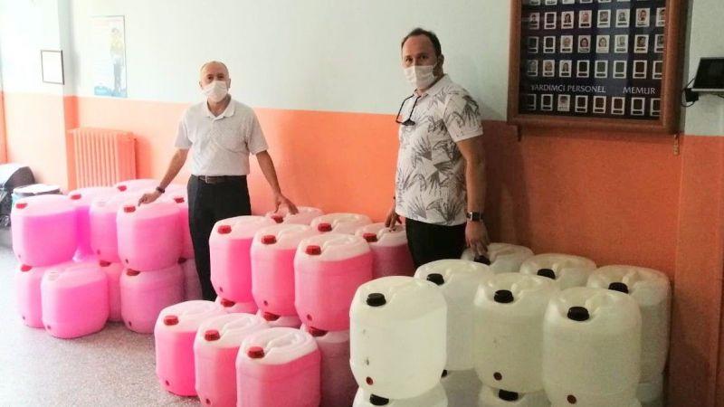 Yağlıdere'de Okullara temizlik malzemesi desteği