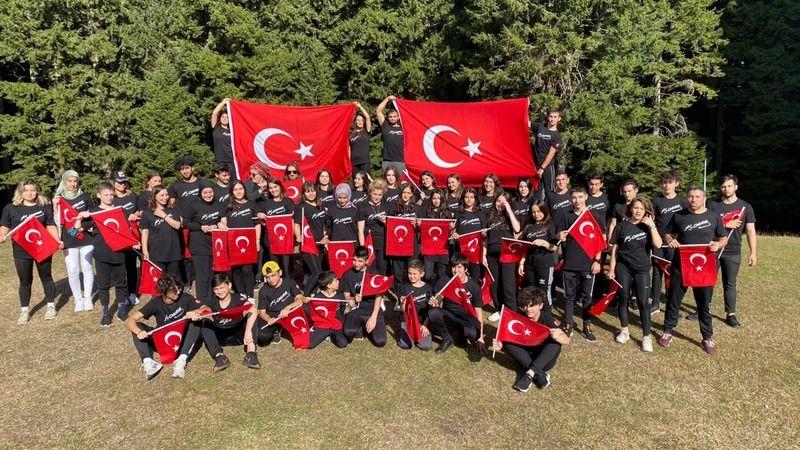 Kick Bokscular Kümbet'te 29 Ekim'i kutladı
