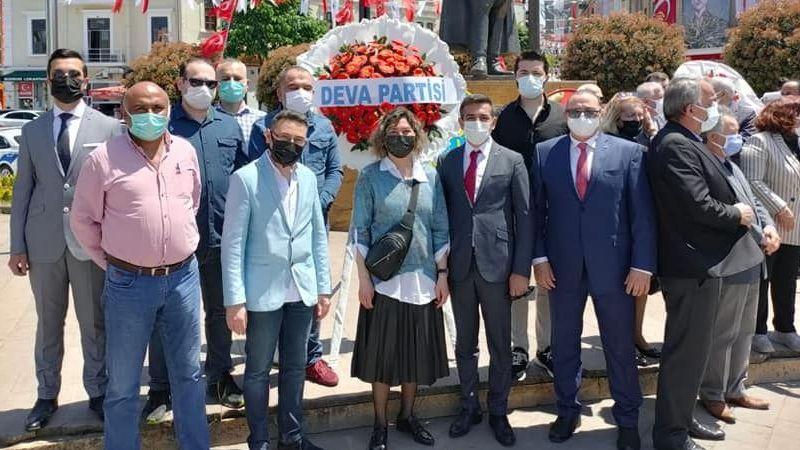 Deva Partisinden 19 Mayıs Kutlaması