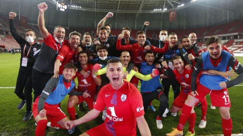 TFF 1. Lig'de play-off finali : Altınordu-Altay