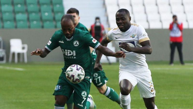Akhisar maçını tribünden izleyenlere ceza kesildi iddiası