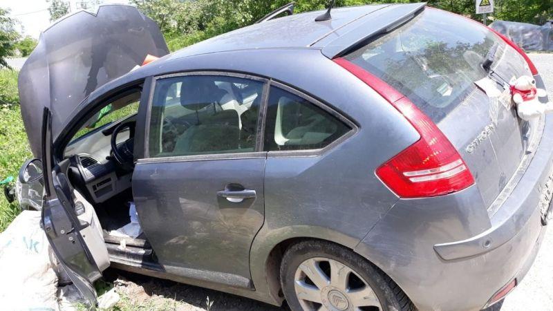 Çaldığı otomobille kaza yapıp kaçtı