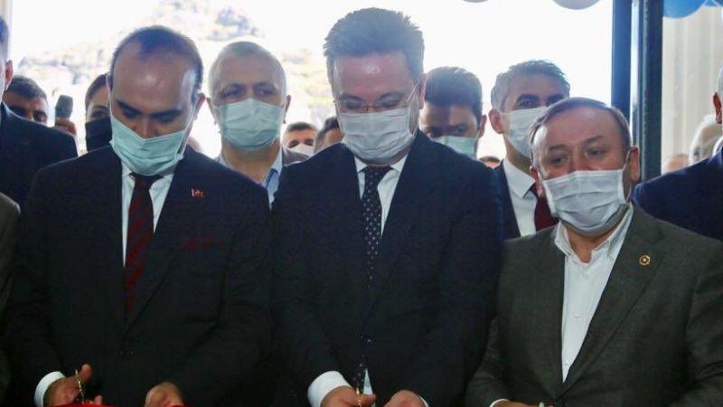 Vali Ünlü, Bakan Yardımcısı Kaçır ile birlikte bir dizi açılışa katıldı