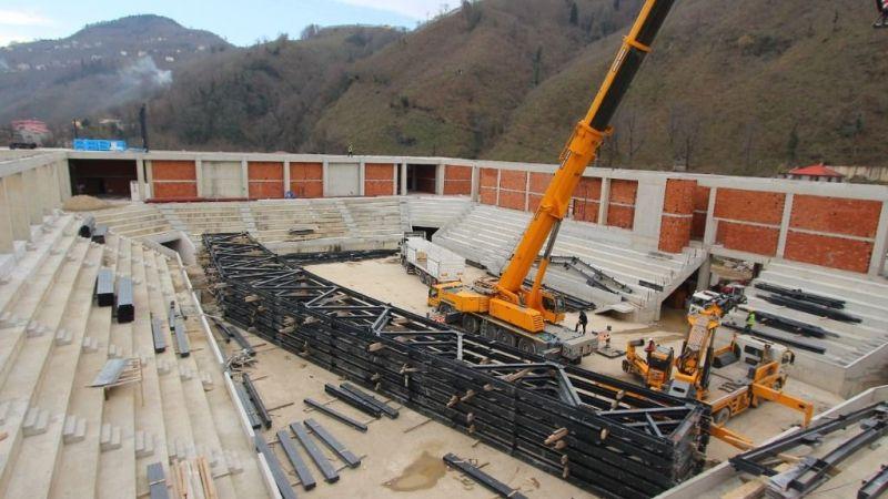 Batlama Spor Salonu inşaatı sürüyor