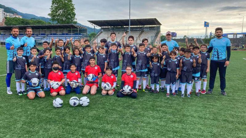 Tirebolu'da Futbol Okulu Açıldı