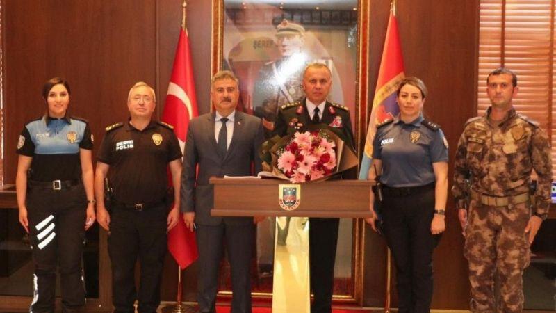 Giresun Emniyet Müdürü Aktaş, İl Jandarma Komutanlığını ziyaret etti