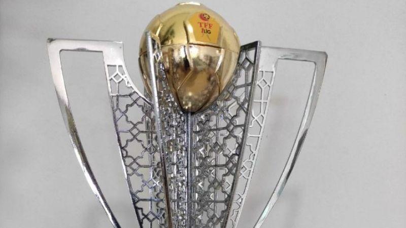 Şampiyonluk kupasının heykeli yapılıyor