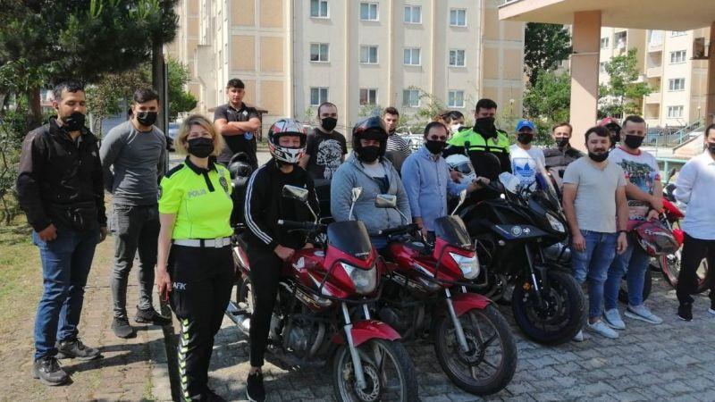 Motorlu Kurye Sürücülerine Eğitim