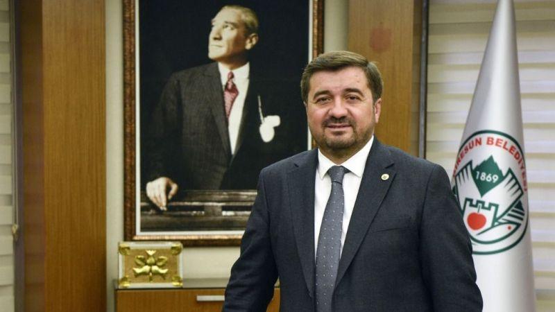Başkan Şenlikoğlu'ndan Kurban Bayramı Mesajı